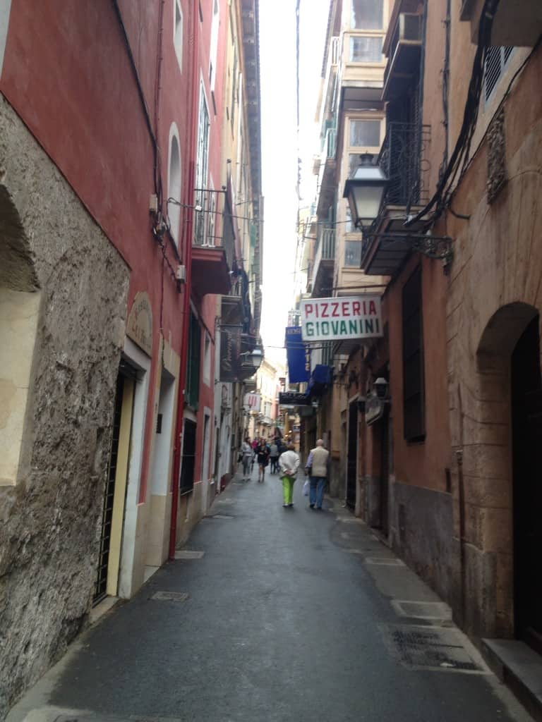 City Breaks To Palma: Enjoying A Girls' Weekend
