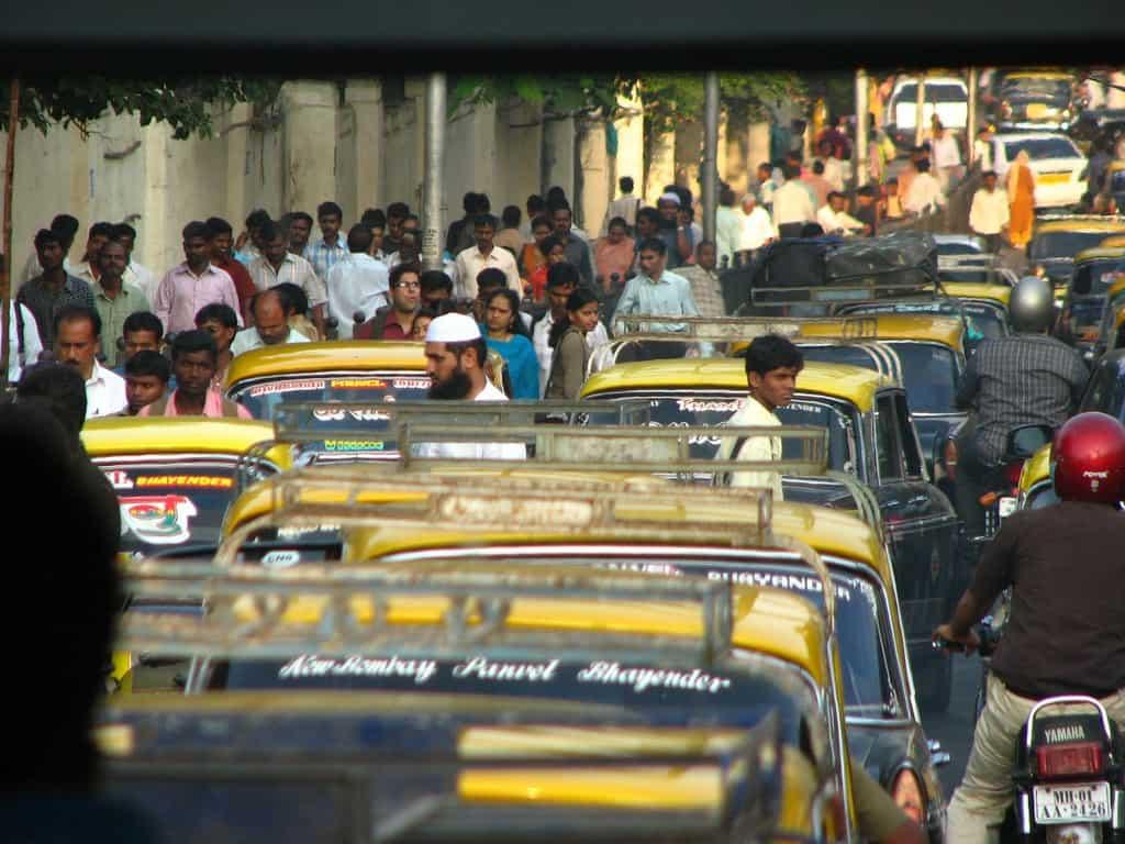 Backpacking India - Mumbai Streets   My Travel Monkey