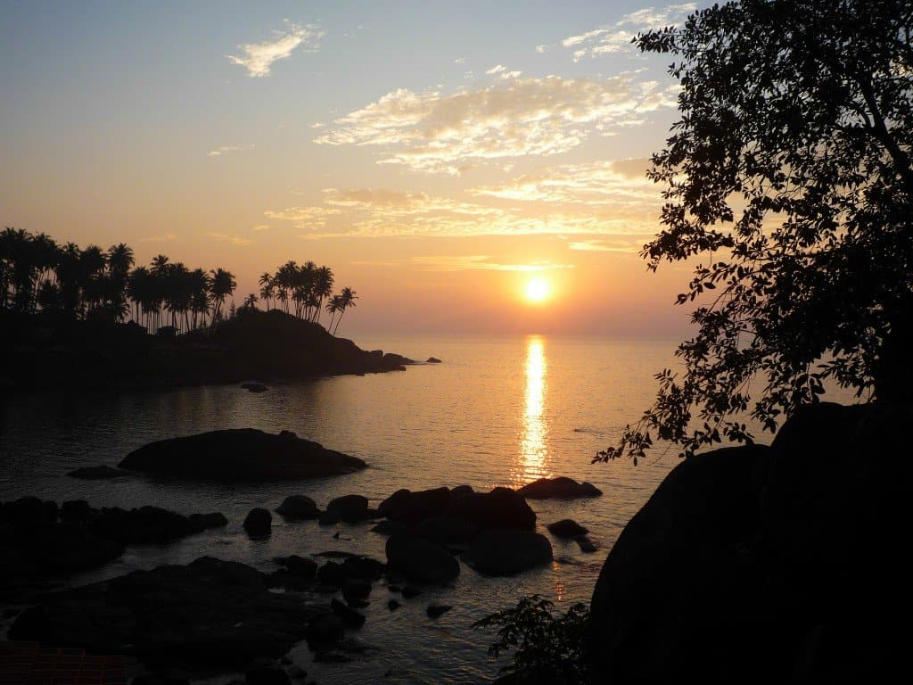 Watching the sunsets in Goa | My Travel Monkey