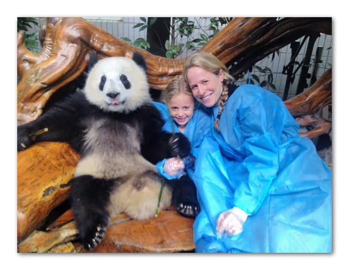 Me, daisy & pandas in Chengdu