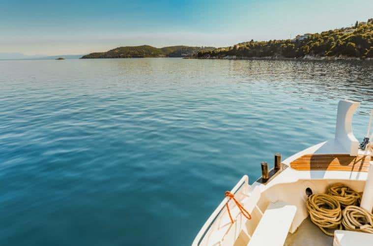 The Most Amazing Places To Go Sailing In Greece | My Travel Monkey